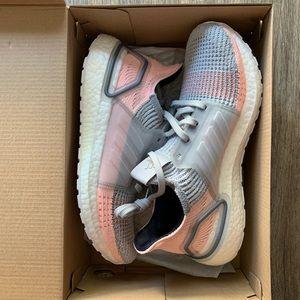 Adidas Women Ultraboost 19 size 8